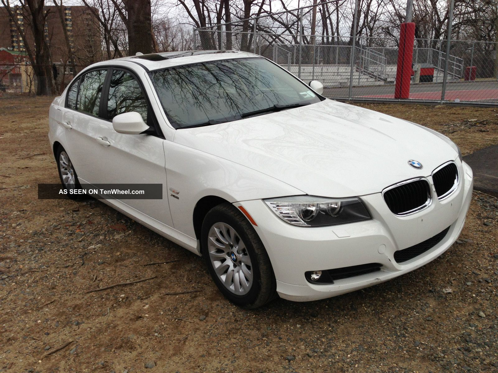 2009 bmw 328i xdrive base sedan 4 door 3 0l. Black Bedroom Furniture Sets. Home Design Ideas