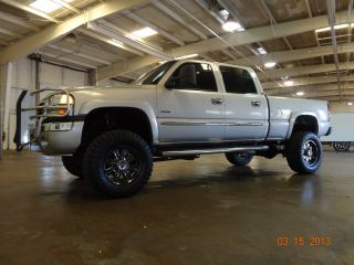 2006 Gmc 2500 Sierra Duramax Diesel 4x4 6.  6l V8 photo