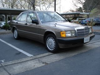 1991 Mercedes - Benz 190e 2.  6 Sedan 4 - Door 2.  6l photo