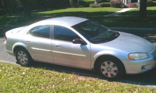 2001 Dodge Stratus Se 4 Door Sedan Silver In & Out - A / C photo