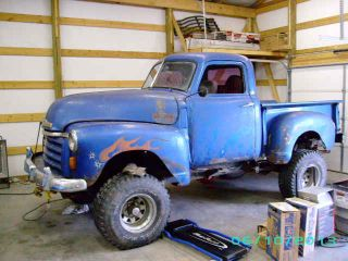 1950 Chevy Pu Short Bed 4x4 V8 photo