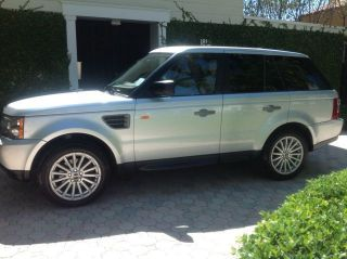 2006 Land Rover Range Rover Sport Hse Sport Utility 4 - Door 4.  4l photo