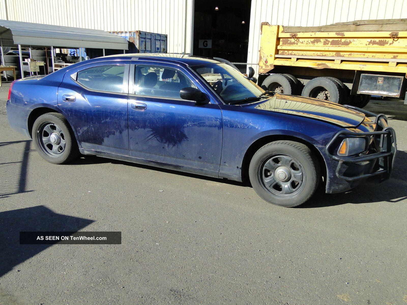 2006 dodge charger rwd 4 door sedan ex police vehicle. Black Bedroom Furniture Sets. Home Design Ideas