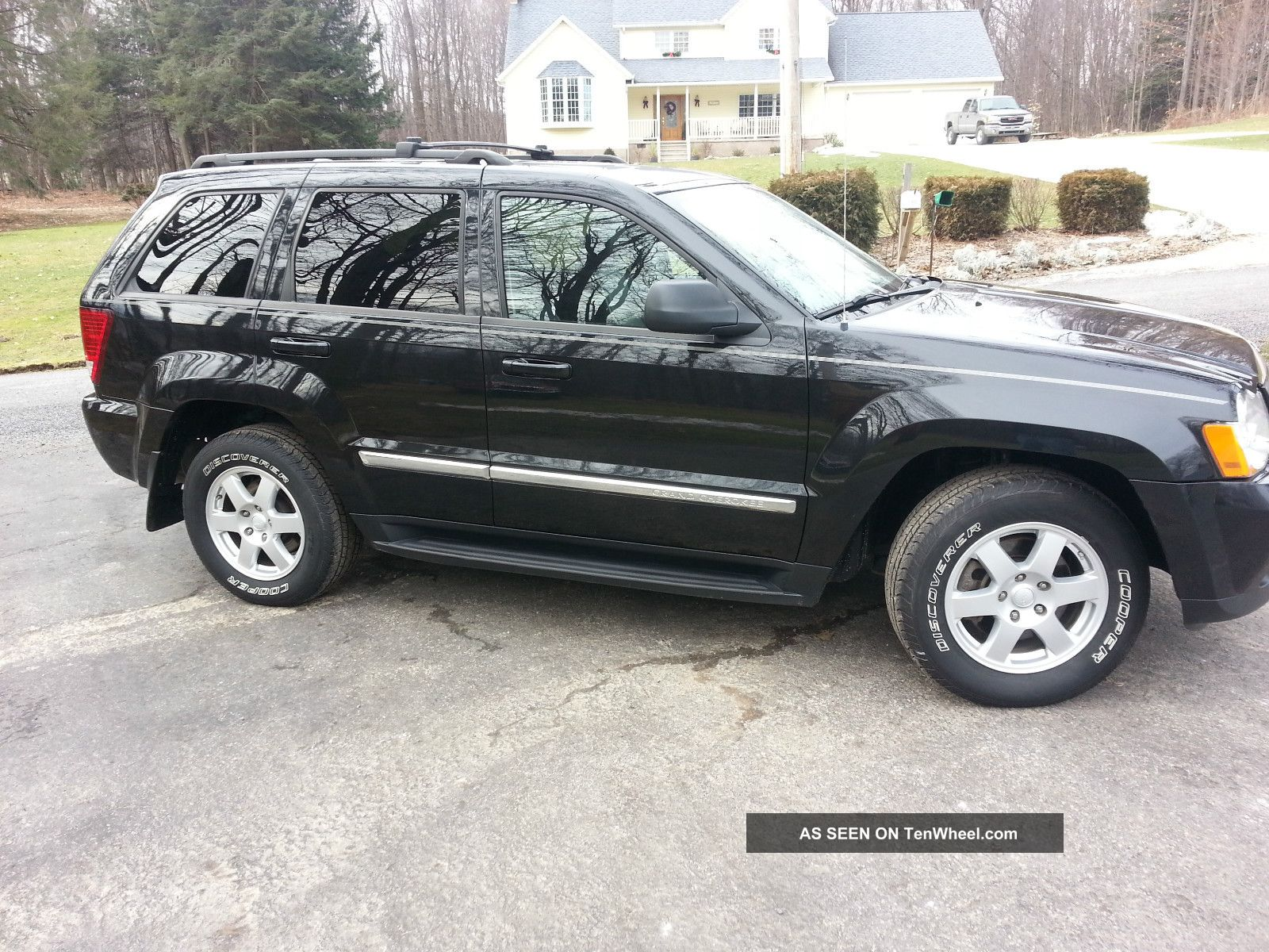 2010 jeep grand cherokee laredo 4x4 v8 hemi remote start. Black Bedroom Furniture Sets. Home Design Ideas