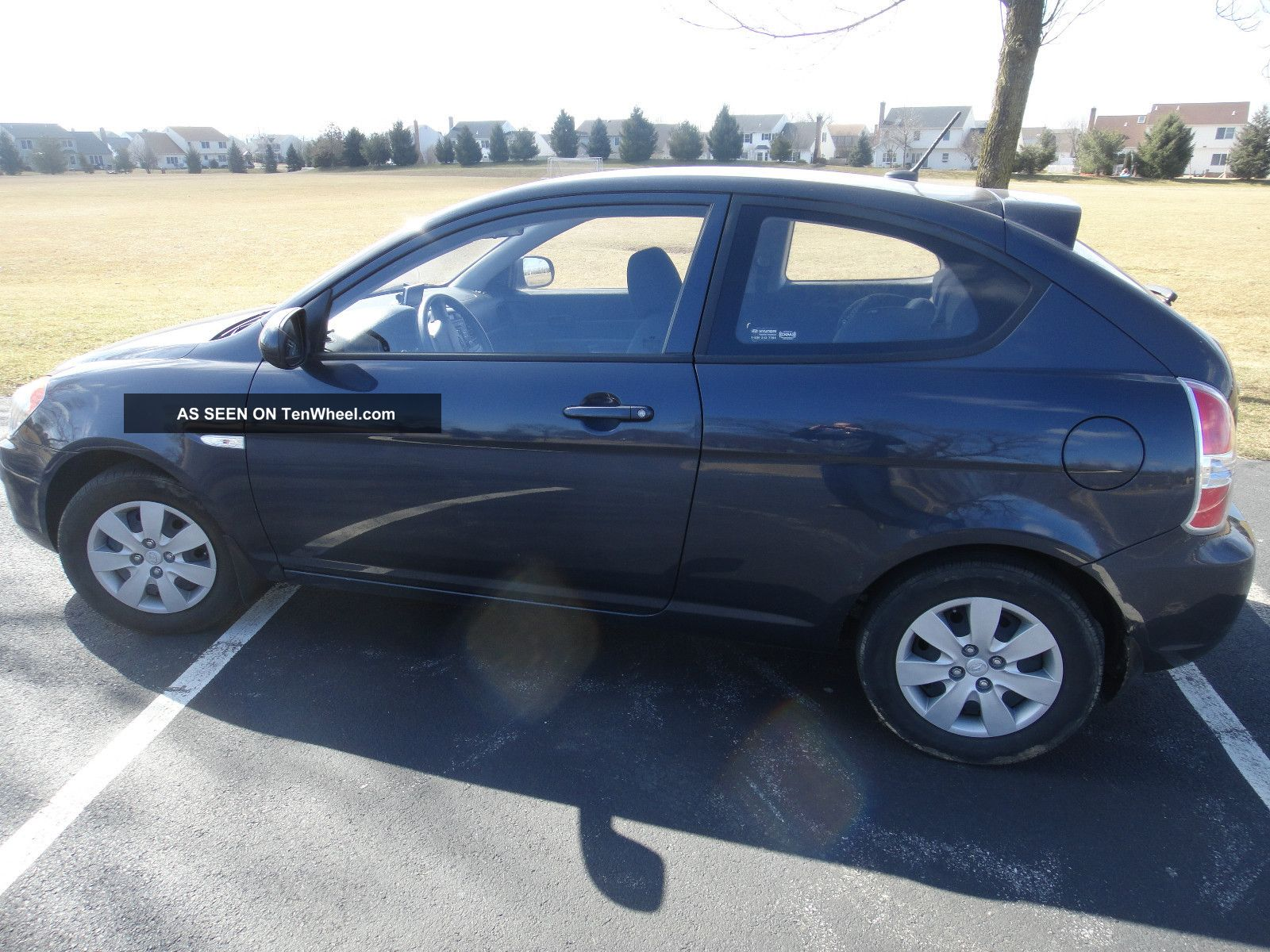 2011 Hyundai Accent Gl Hatchback 2 Door 1 6l