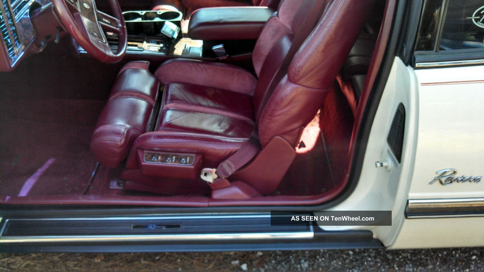 Buick Riviera Luxury Coupe Door L Lgw