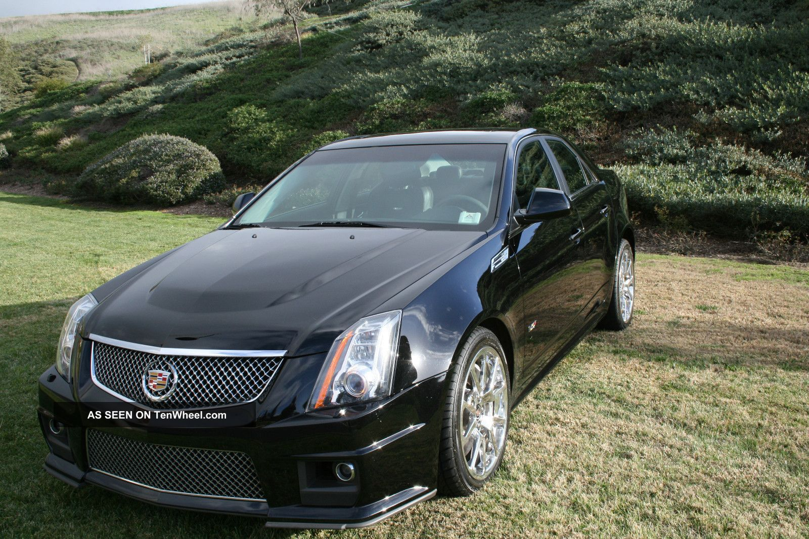 2010 cadillac cts v sedan 4 door 6 2l. Black Bedroom Furniture Sets. Home Design Ideas
