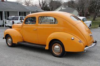 1940 Ford 2 Door Sedan V8 Streetrod photo