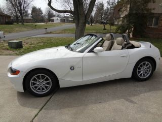 2004 Bmw Z4 2.  5i Convertible 2 - Door 2.  5l 30k photo