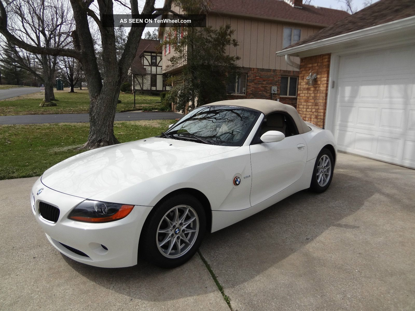 2004 Bmw Z4 2 5i Convertible 2 Door 2 5l 30k