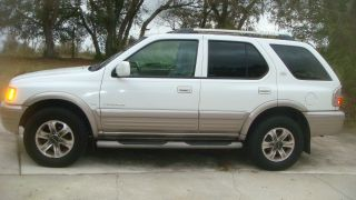 2001 Isuzu Rodeo Ls Sport Utility 4 - Door 3.  2l photo
