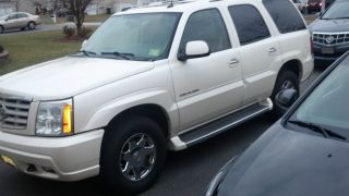 2005 Cadillac Escalade photo