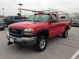 2007 Gmc Sierra 2500 W / T 4x4 Reg.  Cab 8 Foot Bed Ladder Rack & Tool Boxes photo