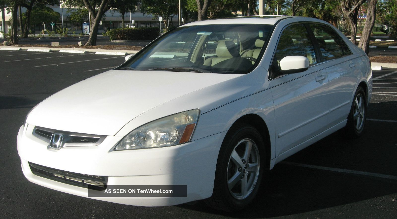 2005 honda accord ex sedan 4 door 2 4l for 09 2 door honda accord