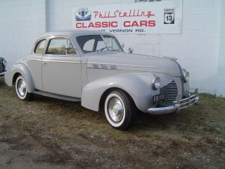 1940 Pontiac Business Coupe photo