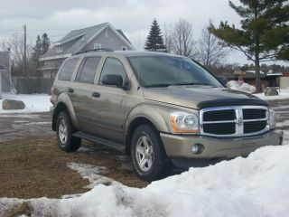 2006 Dodge Durango Slt Sport Utility 4 - Door 5.  7l Hemi photo