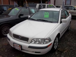 2001 Volvo S40 Wow Car photo