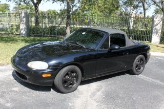 1999 Mazda Miata Mx - 5 Automatic.  Black.  Female Owned photo