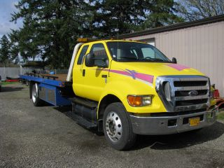 2006 F650 Flatbed Tow Truck photo