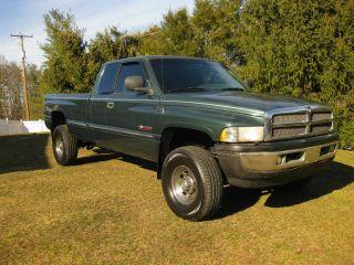 1999 Dodge Ram 2500 4x4 Diesel photo