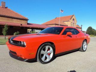 2008 Dodge Challenger Srt8 photo