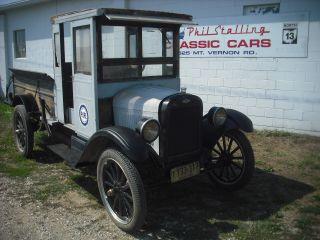 1925 Chevrolet Truck photo