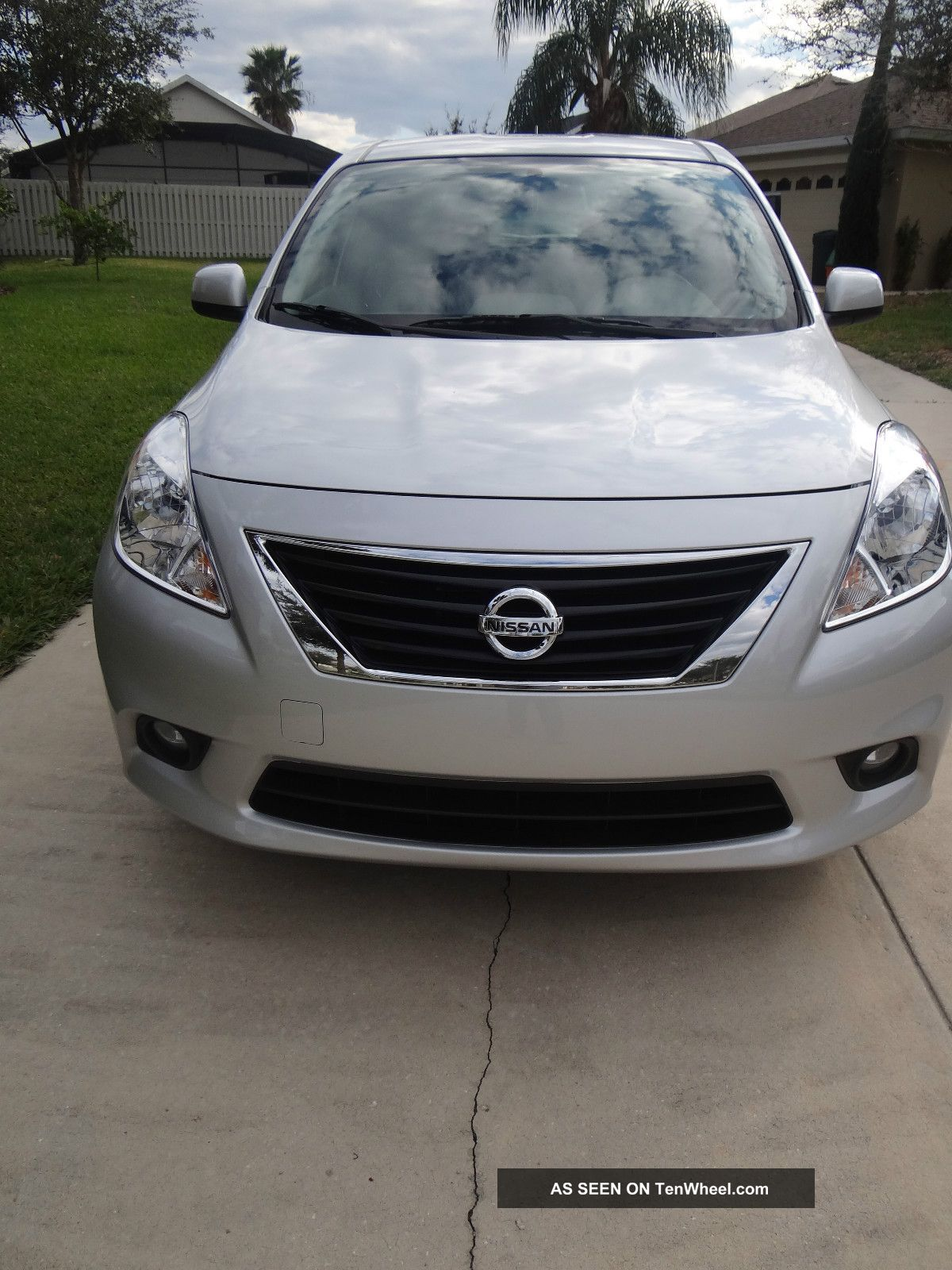 Nissan Versa 2012 1.  6 Sl Sedan Versa photo