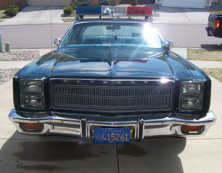 1978 Plymouth Fury Salon Sedan 4 - Door 7.  2l photo