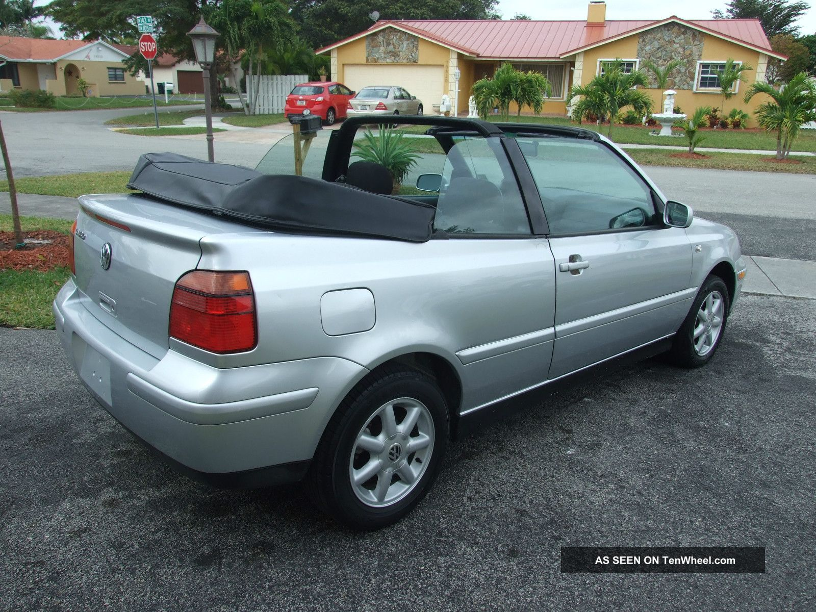 2002 volkswagen cabrio gls convertible 2 door 2 0l. Black Bedroom Furniture Sets. Home Design Ideas