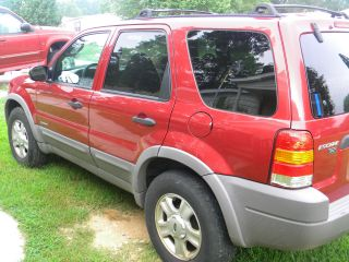 2001 Ford Escape Xlt Sport Utility 4 - Door 3.  0l photo