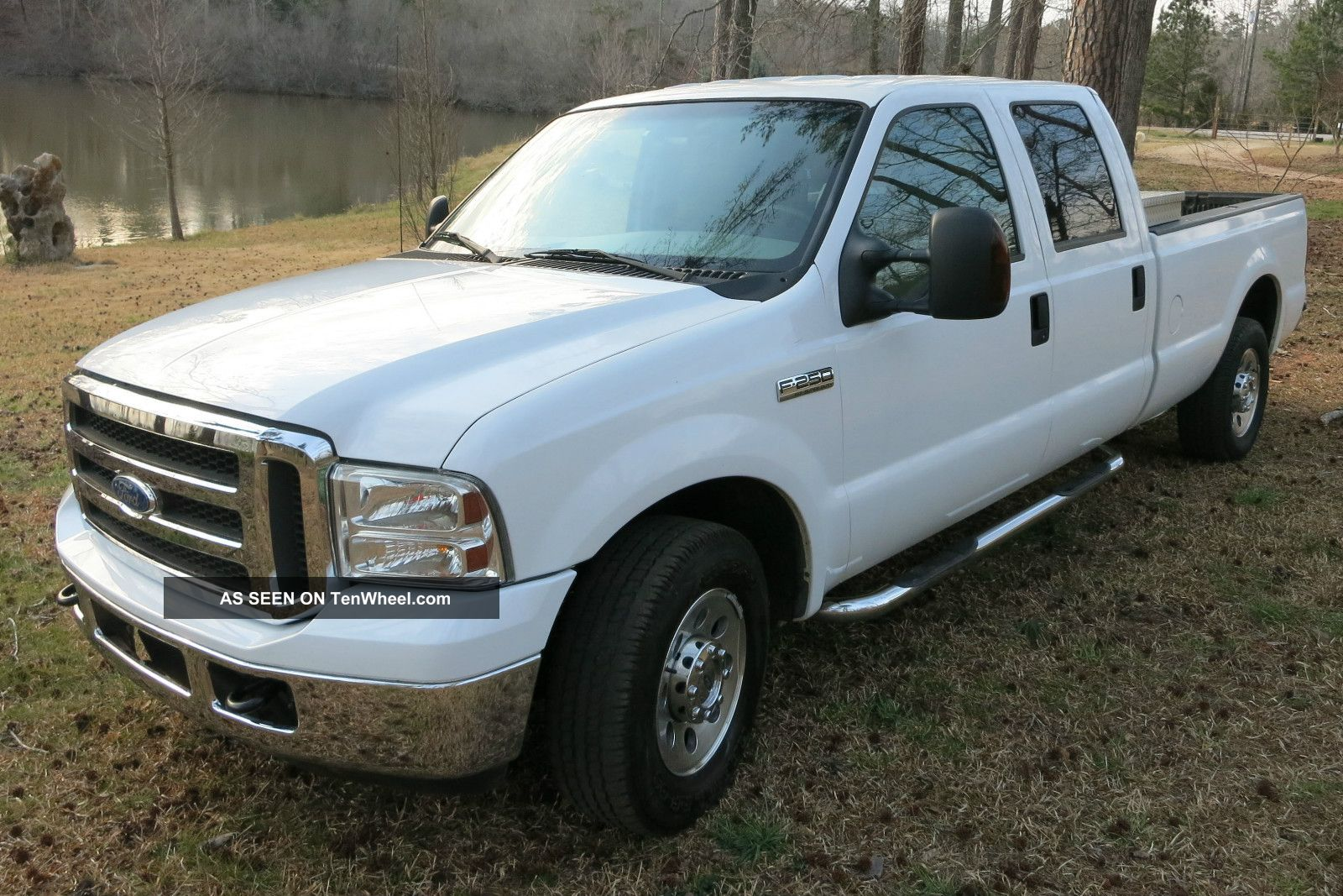 2006 ford f 250 xlt crew cab long bed with aluminum tool box liner. Black Bedroom Furniture Sets. Home Design Ideas