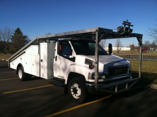 2007 Gmc C5500 Duramax 6.  6l Diesel Car Hauler photo