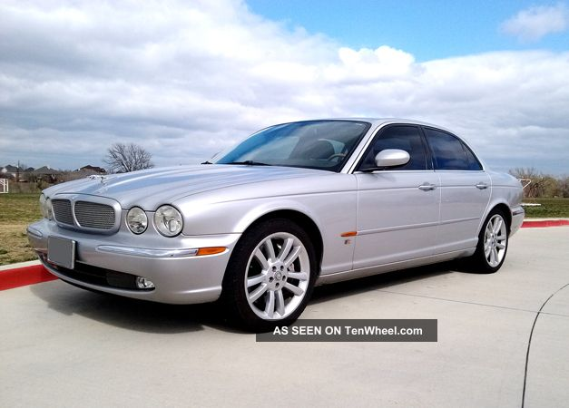 2005 Jaguar Xjr - - Supercharged 4.  2l V8 - - All Options,  Totally History XJR photo
