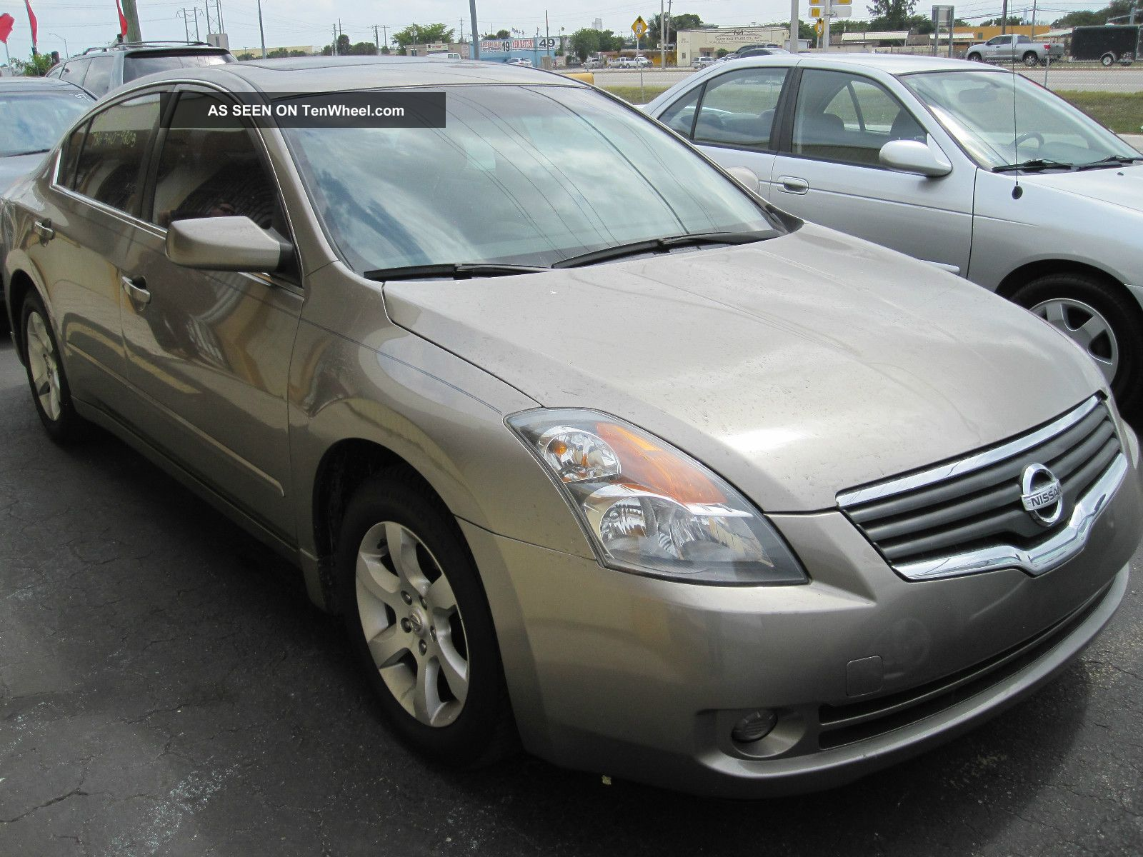 2008 Nissan Altima 2.  5s Altima photo