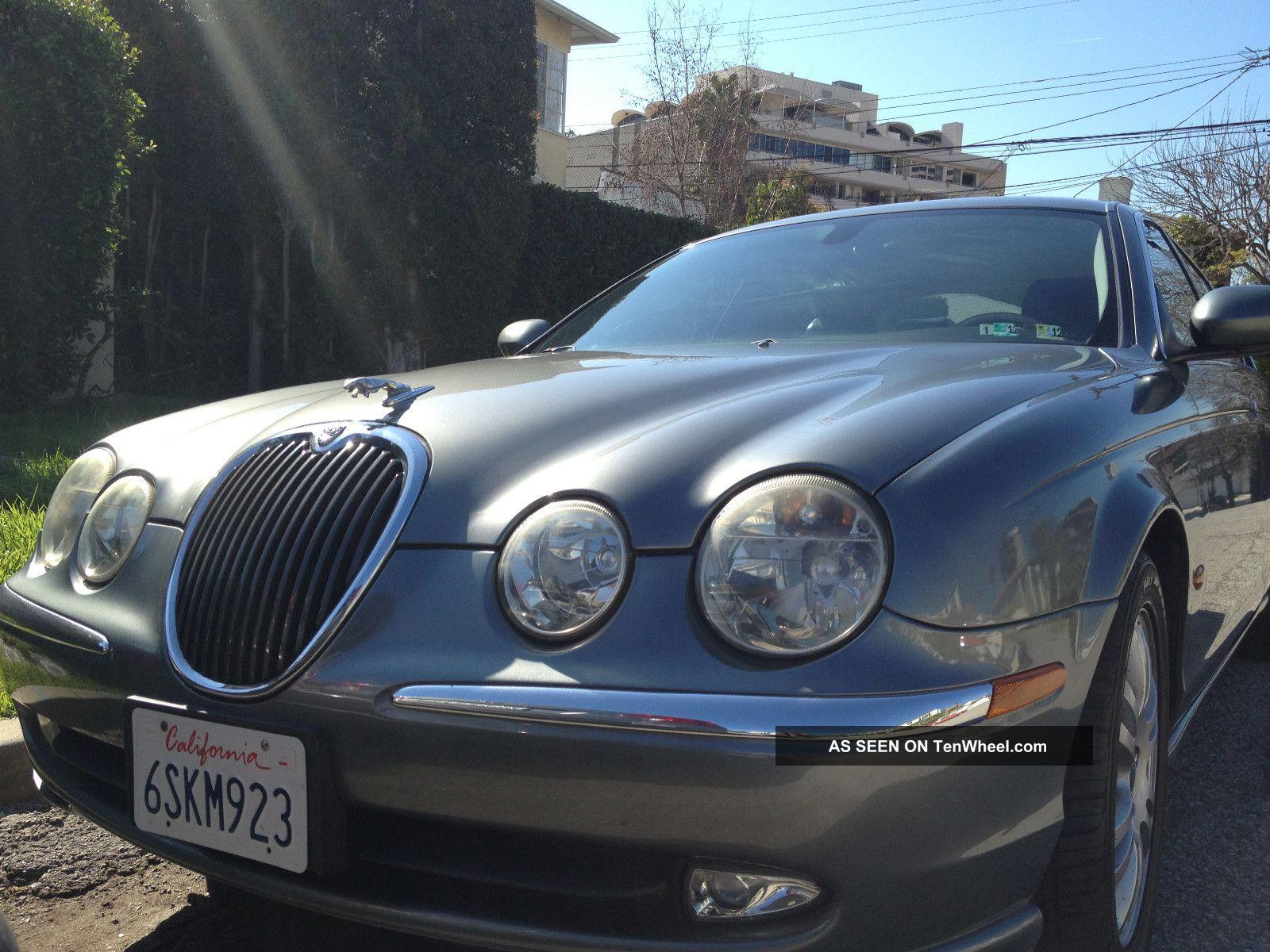 2003 Jaguar S Type V8 4 2l 4 Door Gray Exterior