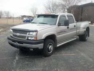 2004 Silverado 3500 Duramax Dually Lt2 photo