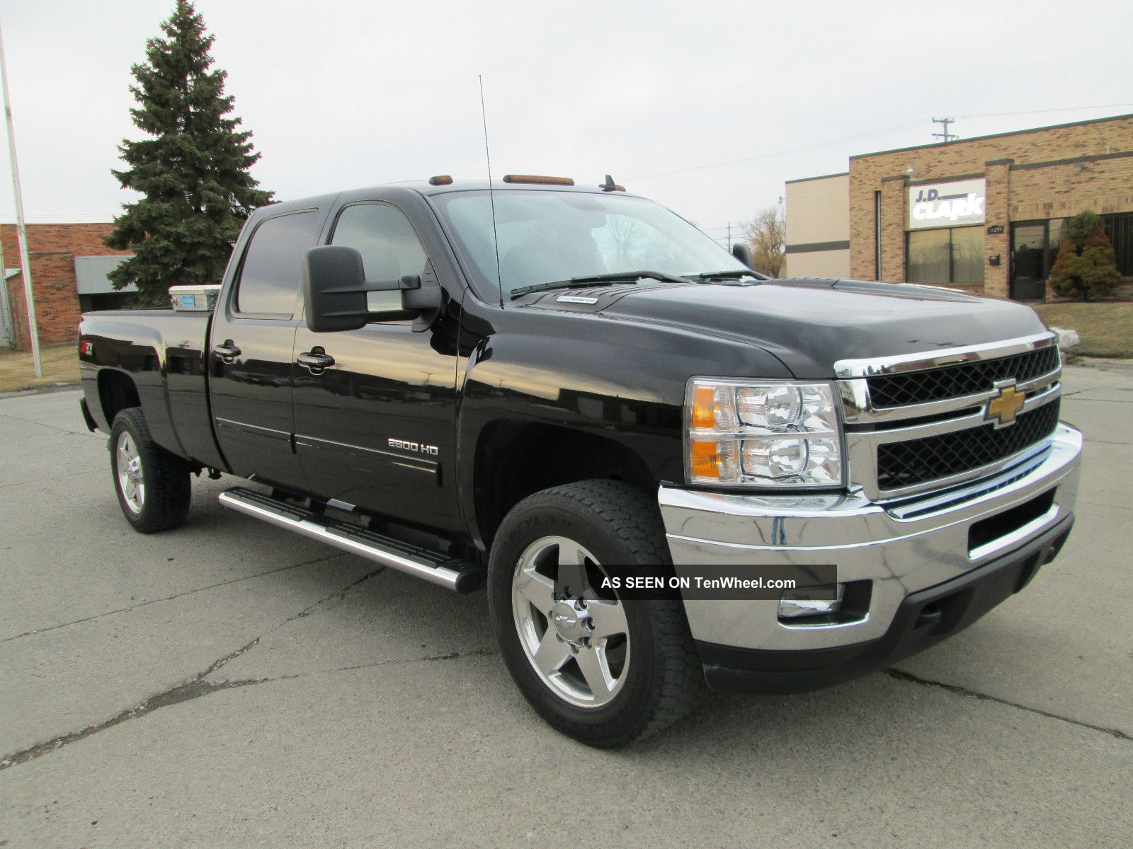 2011 chevrolet silverado 2500 ltz crew cab long box 4x4. Black Bedroom Furniture Sets. Home Design Ideas