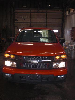 2006 Chevrolet Colorado 4x2 With 2.  8 Liter Motor And 5 Speed Transmission photo