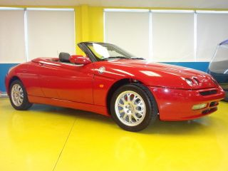 Alfa Romeo Spider 916 With American Specification (1998 Model) Almost photo