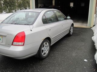 2001 Hyundai Elantra Gls Sedan 4 - Door 2.  0l photo