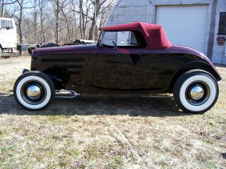 1934 Ford Roadster photo