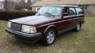 1993 Volvo 240 Classic Wagon Limited Edition 7 0f 1600 photo