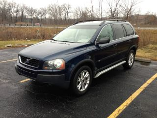 2004 Volvo Xc90 T6 Wagon 4 - Door 2.  9l Awd - Fully Loaded photo