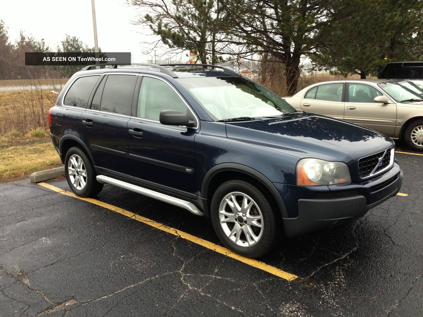 2004 volvo xc90 t6 wagon 4 door 2 9l awd fully loaded. Black Bedroom Furniture Sets. Home Design Ideas