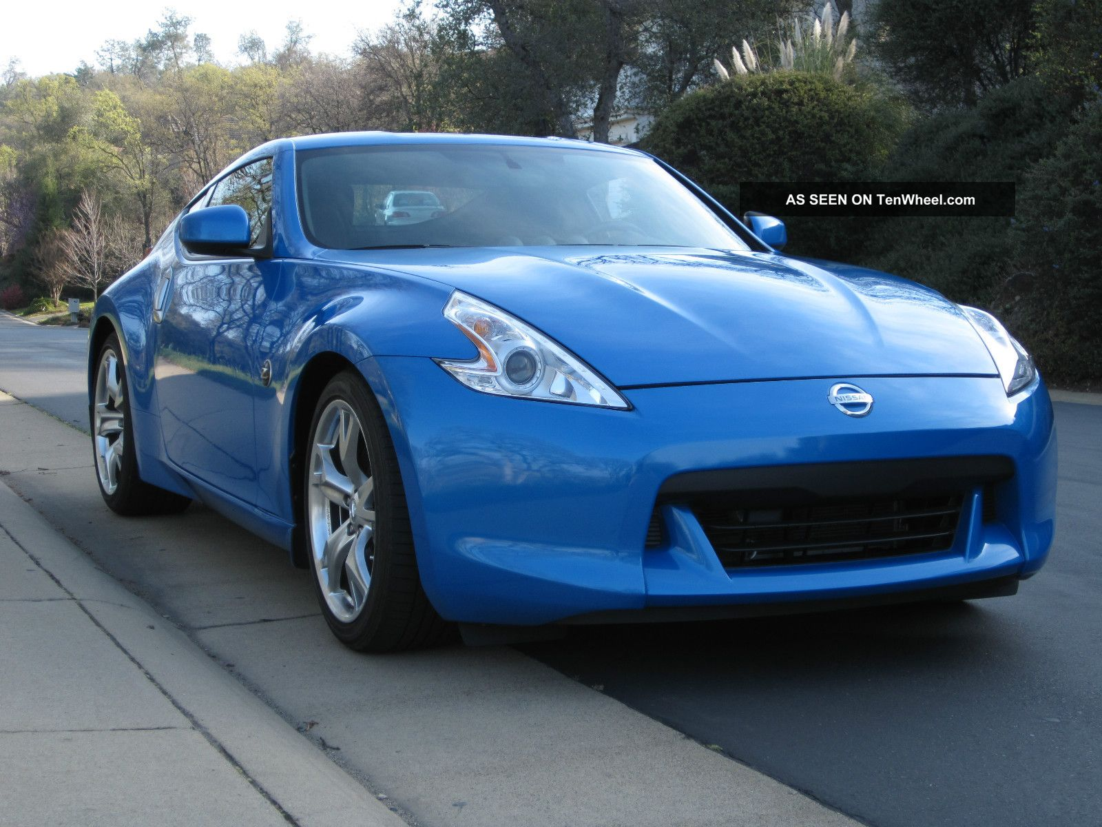 Nissan Z Sport Package Coupe Lgw