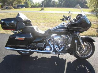2011 Harley - Davidson Road Glide Ultra Fltru 103 photo