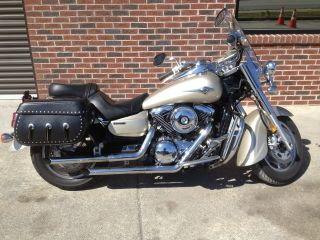 2005 Kawasaki Vulcan Classic 1600 W / Saddle Bags Windshiled Vn1600a photo
