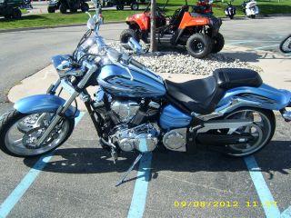 2011 Yamaha Raider S 1900 Muscle Cruiser - - Full photo