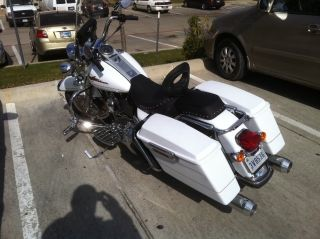 2007 Pearl White Harley Davidson Road King With Upgrades photo