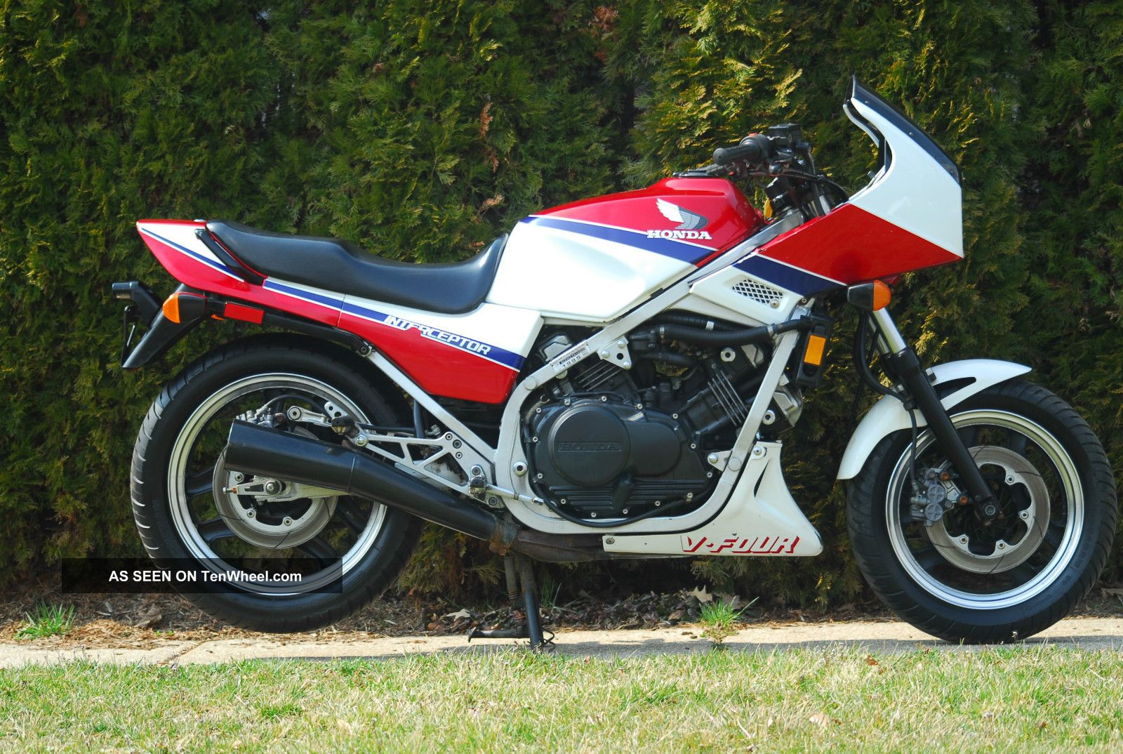 1985 honda interceptor vf700 700 750 video for 1987 yamaha vmax snowmobile for sale